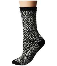 Smartwool Traditional Snowflake Black Women's Crew Cut Socks Shoes