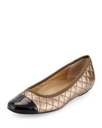 Neiman Marcus Saucy Quilted Leather Flat Castagna Black
