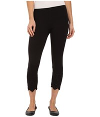 Hue Eyelet Trim Cotton Capris Black Women's Capri