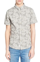 Men's Native Youth Trim Fit Short Sleeve Camo Woven Shirt