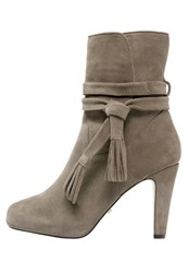 Buffalo High Heeled Ankle Boots Grey
