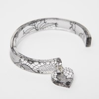 Lily Gardner Lace Bangle With Charm Black