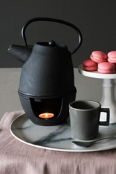 Chaude Teapot With Infuser And Warmer