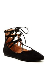 Liliana Mila Pointed Flat Black