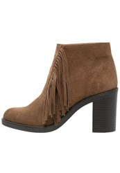 Esprit Shane Ankle Boots Brown