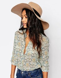 Glamorous Wide Brim Fedora Hat With Contrast Black Grossgrain Band Tan