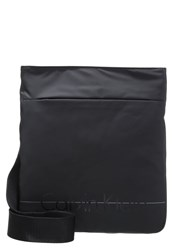 Calvin Klein Jeans Logan 2.0 Flat Crossover Across Body Bag Black