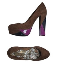 Geneve Platform Pumps Brown