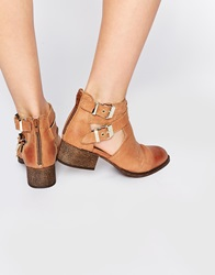 Warehouse Western Cut Out Flat Boots Tan
