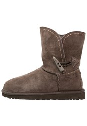 Ugg Meadow Winter Boots Chocolate Dark Brown