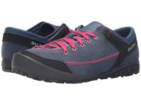 Salewa Alpine Road Washed Denim Fuchsia Women's Shoes Black
