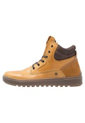 Wrangler Historic Hightop Trainers Camel Light Brown