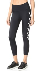 Onzie Venice Capri Leggings Arrows