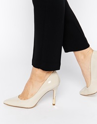 New Look Richard Cream Patent Heeled Court Shoes