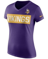 Nike Women's Minnesota Vikings Tailgate V Neck T Shirt Purple