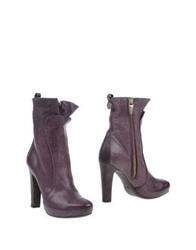 Manila Grace Ankle Boots Maroon