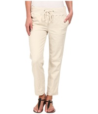 Jag Jeans Petal Relaxed Slim Fit Capri In Gatsby Linen Natural Women's Capri Beige