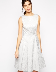 Elise Ryan Structured Prom Dress In Jacquard Print Silver