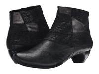 Think 85253 Black Women's Pull On Boots