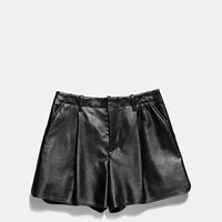 Coach Leather Short Black