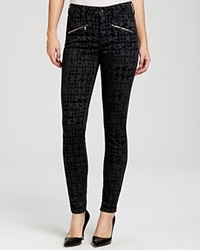 Nydj Ami Houndstooth Flocked Skinny Jeans In Black