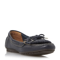 Episode Grainee Leather Fringe Bow Loafers Navy