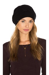 Plush Diamond Cable Knit Beanie Black