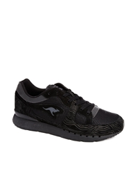 Kangaroos R1 Trainers Black
