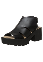 Kmb Roy Platform Sandals Tin Negro Black