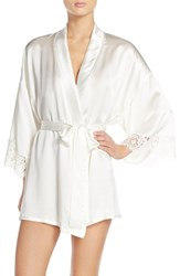 Women's Hanky Panky 'Lady Catherine' Short Silk Robe