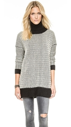 Glamorous Turtleneck Sweater Black White
