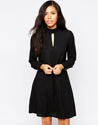 B.Young Long Sleeve Swing Dress With Key Hole Front Black
