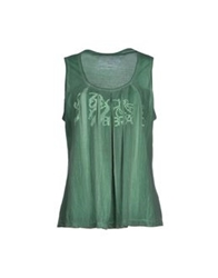 Baci And Abbracci T Shirts Green