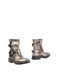 Now Ankle Boots Bronze