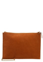 Whistles Clutch Rust Brown