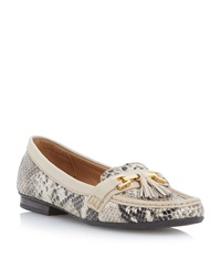 Episode Glander Tassle Trim Loafer Natural