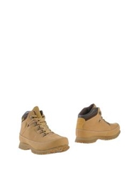 Cat Ankle Boots Sand