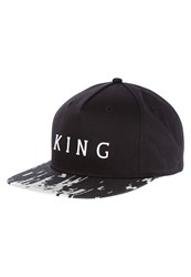 King Apparel 8 Bit Cap Black