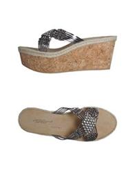 Vicini Tapeet Wedges Lead