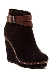 Red Circle Shannon Wedge Bootie Black
