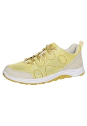 Jack Wolfskin Fairport Low Trainers Lemonade Light Yellow