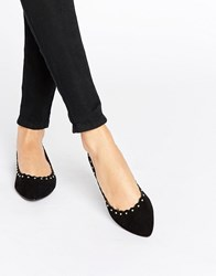 Oasis Scalloped Pointed Flat Black