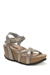 Muk Luks Lilith Wedge Sandal Brown