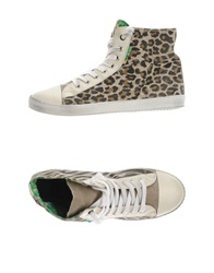 Le Crown Sneakers Ivory