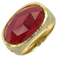 Torrini Dany Oval Garnet Yellow Gold Ring