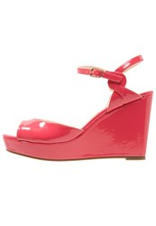 Buffalo Wedge Sandals Coral