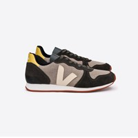 Veja Holiday Low Top Trainers