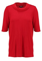 More And More Judith Basic Tshirt Red Passion