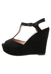Refresh Wedge Sandals Black
