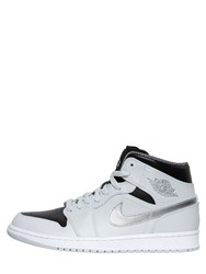 Nike Air Jordan Retro Sneakers